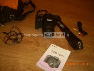 parduodu fotoaparata CANON 550D