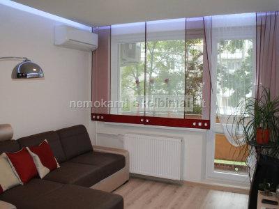 Ieškai originalaus sprendimo lango dekoravimui
