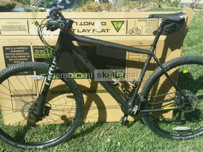 Cannondale F - Si anglies 5 XC kalnų dviratis