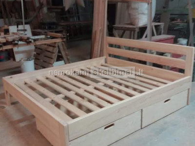 Medinės lovos medinių lovų gamyba