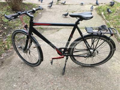 Olandų gamybos sportinis dviratis